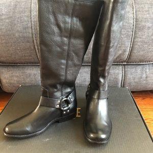 Frye black boots 👢
